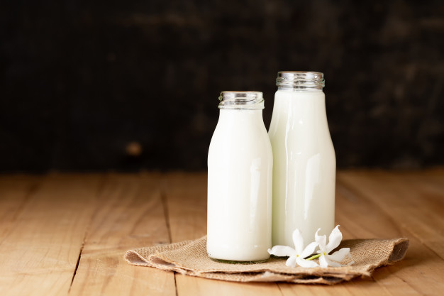 لاغری با استفاده از نوشیدن شیر