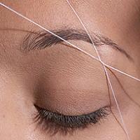 بند انداختن صورت بهتر است و یا شیو کردن